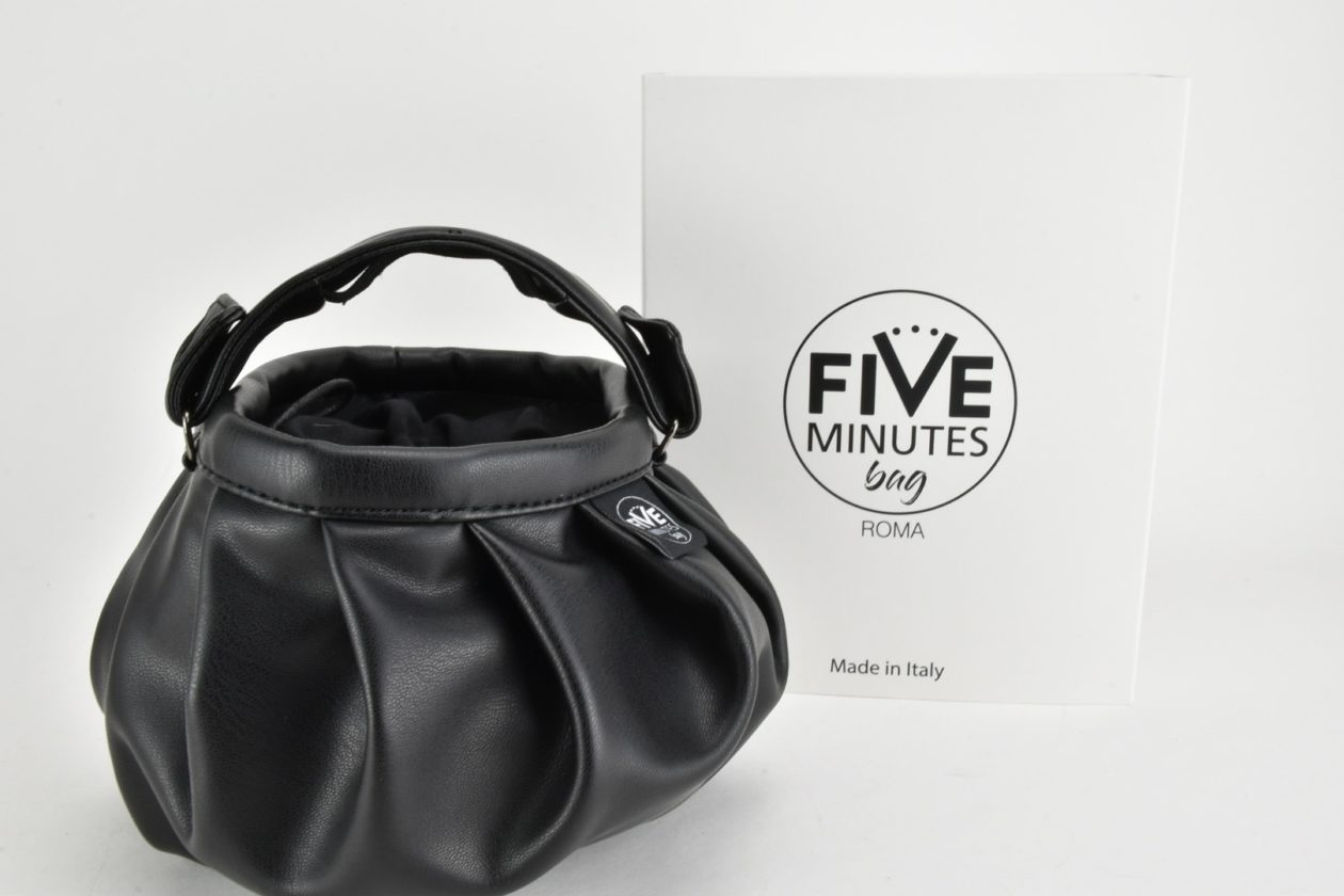 FIVE MINUTES BAG Borsa a secchiello 3 in 1 nera